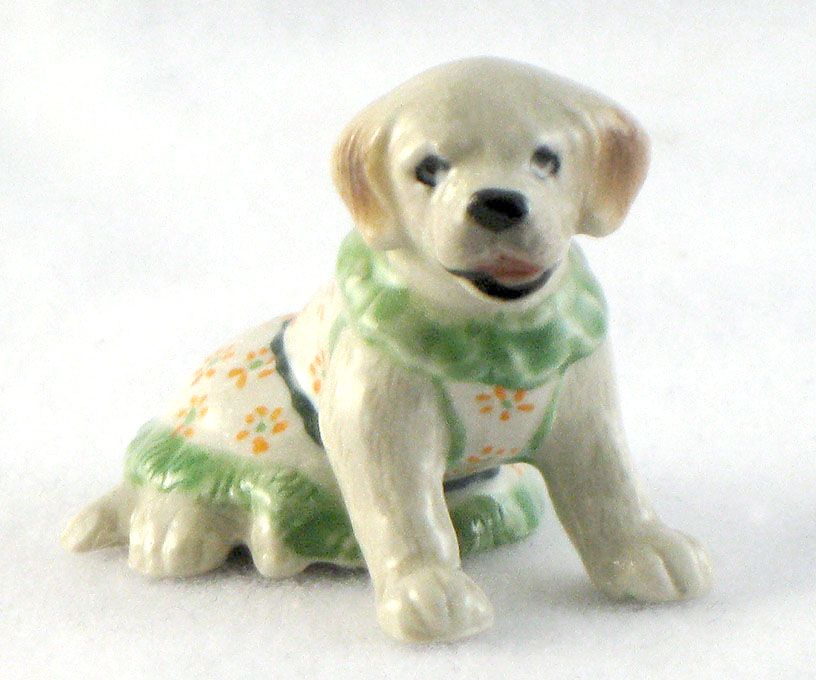 LABRADOR RETRIEVER n aqua trim Dress MINIATURE Figurine Porcelain KLIMA K893B
