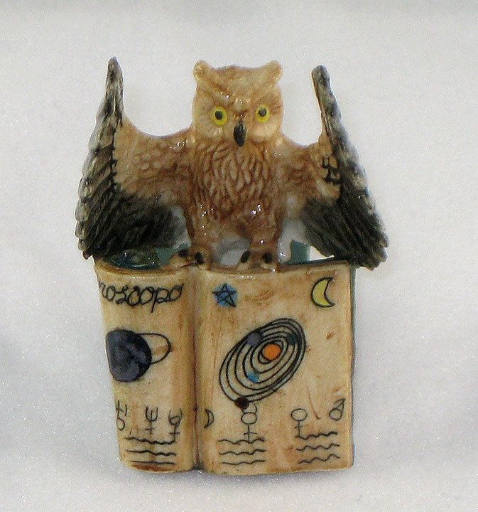 OWL Open Wings on 2 Books 1 Folded Open MINIATURE Porcelain KLIMA K419-8