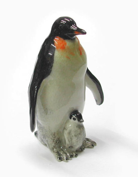 PENGUIN w/Chick New MINIATURE Porcelain Figurine NORTHERN ROSE R073